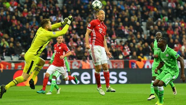 Robben in azione nella gara d'andata, terminata 4-1. | Fonte immagine: Goal.com