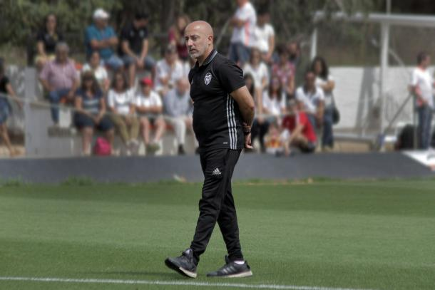 Jesús Oliva, nuevo técnico che | Fuente: valenciacf.com