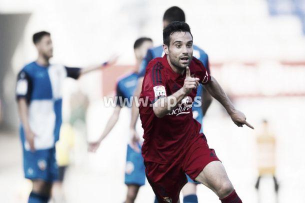 Javi Flaño celebra el gol en Sabadell (fuente: LFP)