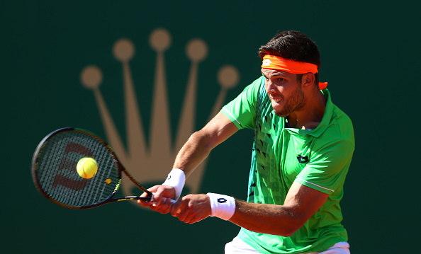 Vesely battling against Djokovic in the Monte-Carlo Open. | Photo: Getty Images