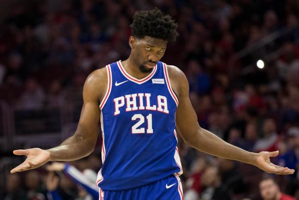 Joel Embiid es uno de los jugadores más espectaculares de la liga.   Fotografía: NBA.com