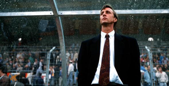 Cruyff en los banquillos (foto:deporteros)