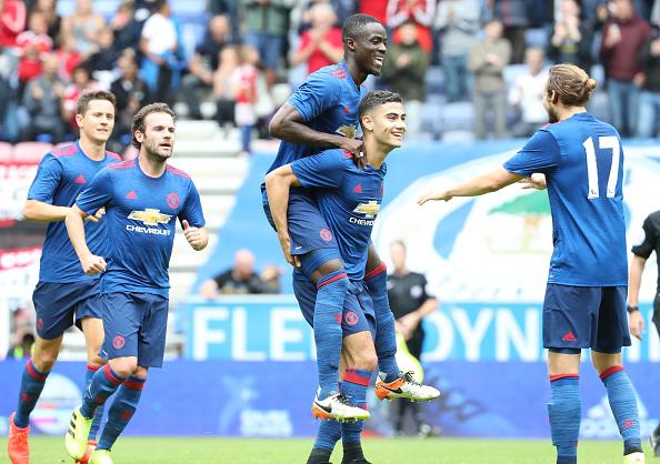 Andrinho estreou com Mourinho marcando gol em amistoso   Foto: John Peters/Man Utd via Getty