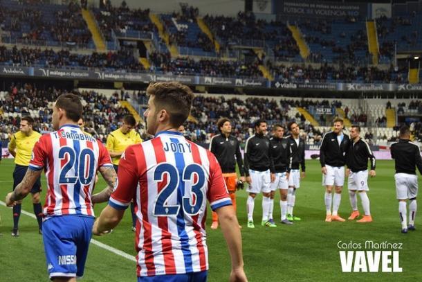 Jony salta al campo para enfrentarse al Málaga en la temporada 2015-2016 // Imagen: Carlos Martínez