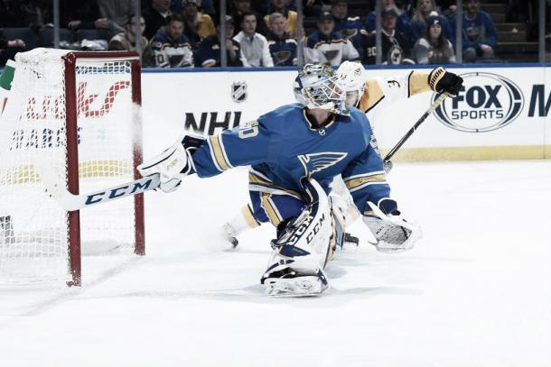 Jordan Binnington   Foto Joe Puetz/NHLPI via Getty Images