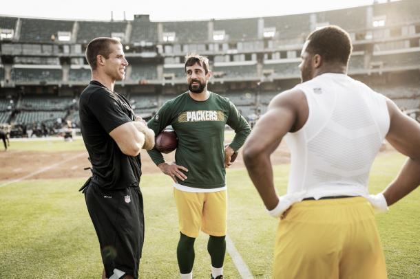 Aaron Rodgers renueva contrato con Packers por 33.5 mdd