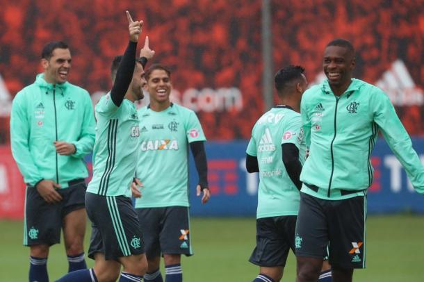 Clima foi de descontração no último treino no Ninho | Foto: Gilvan de Souza/Flamengo