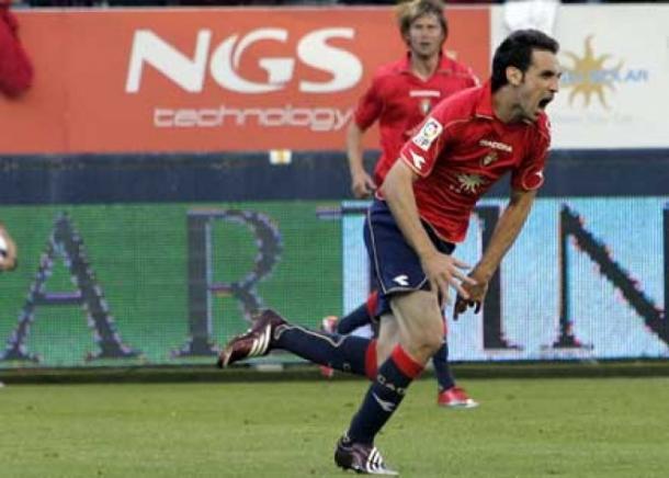 Juanfran celebra el gol de la salvación.