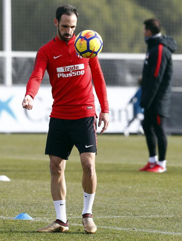 Juanfran en la sesión de entrenamiento de esta mañana | FOTO: Atlético de Madrid
