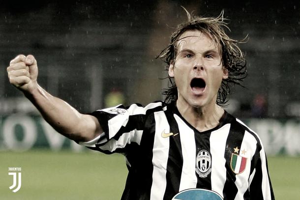 Pavel Nedvěd en un partido con la Juventus | Foto: Juventus