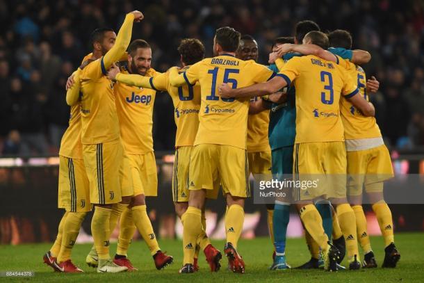 Jugadores de la Juventus celebrando la victoria en San Paolo / Foto: gettyimages