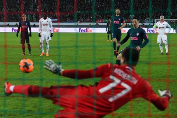Torres marcou de pênalti | Foto: Kirill Kudryatsev/AFP/Getty Images