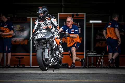 Mika Kallio aboard the KTM RC16 about to take to the track at Brno for testing - www.motorcyclenews.com