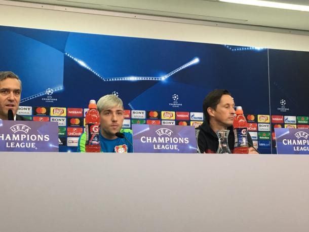 Kampl, a sinistra, e Schmidt, a destra, in conferenza stampa - Foto Uefa Champions League