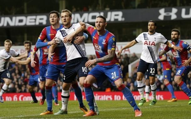 Kane sustained the broken nose against Palace last week (photo: getty)