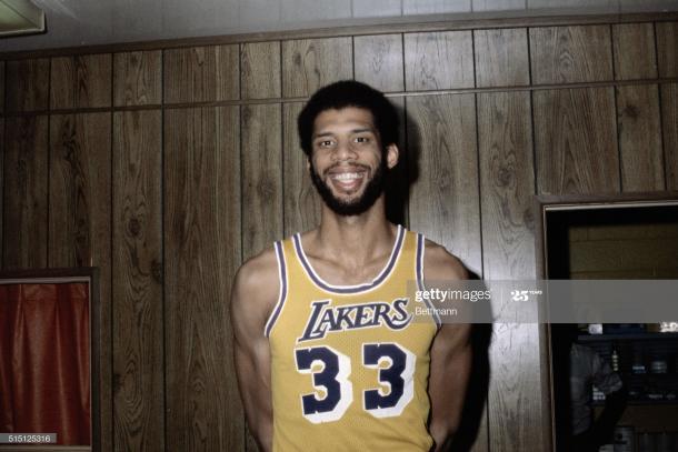 Kareem Abdul Jabbar con los Lakers / Getty Images