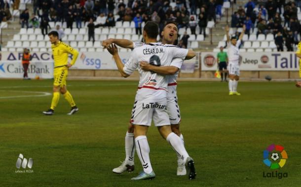 Los manchegos celebran uno de sus tantos ante el Real Oviedo | Foto: LFP.