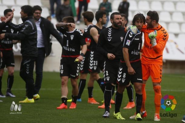 Los jugadores celebran la victoria ante el Córdoba | Foto: LFP.