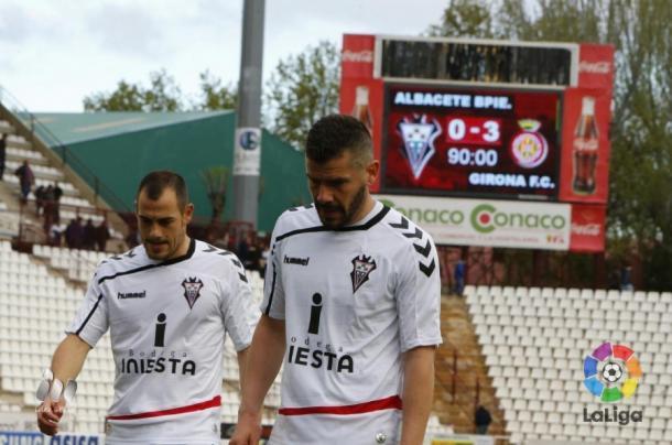 La ilusiones del 'Alba' se vieron mermadas tras la visita del Girona | Foto: LFP.