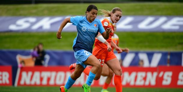 Kerr and Sky Blue FC are perfect at home, including a win over the Houston Dash l Photo: Howard C. Smith, ISI Photos