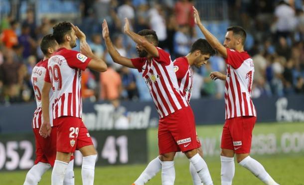 Los jugadores del Almería festejando un gol | Fuente: UD Almería
