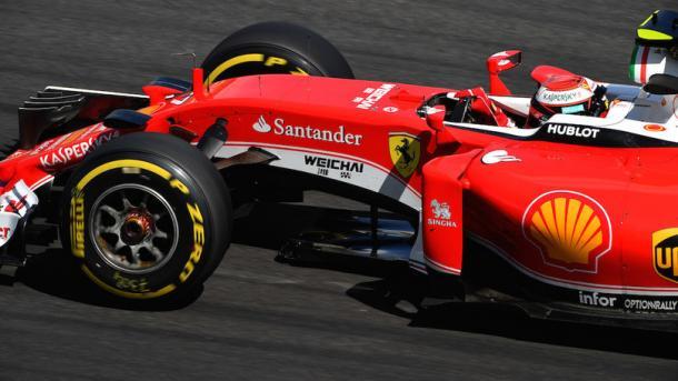 Kimi Raikkonen, nell'abitacolo della sua Ferrari - Foto sutton-images.com