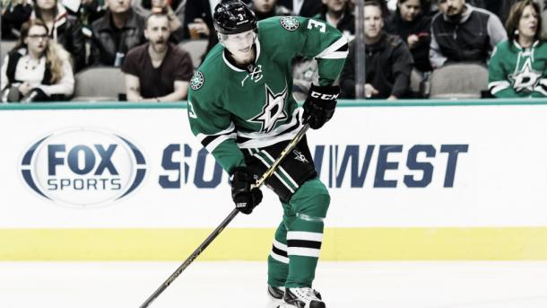 El sueco Klingberg liderará la defensa. Foto hockeysverige.se