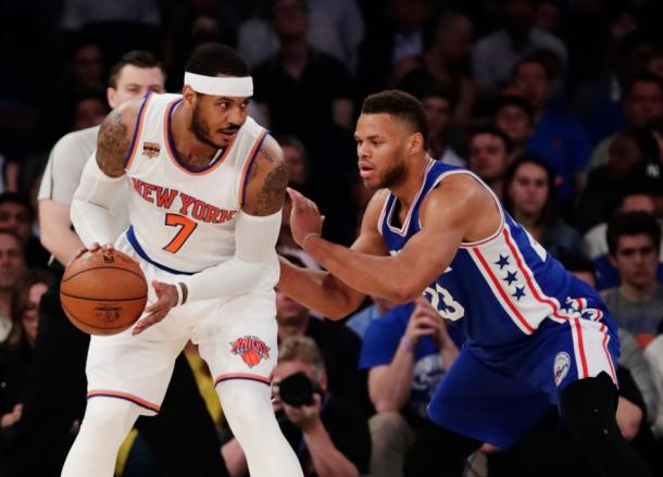New York Knicks forward Carmelo Anthony (7) being defended by Philadelphia 76ers forward Justin Anderson (23). Photo Courtesy:AP / Frank Franklin II