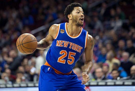 New York Knicks guard Derrick Rose controls the ball. Photo Courtesy of Bill Streicher-USA TODAY Sports.