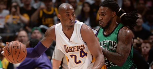Jae Crowder defendiendo a Kobe Bryant. Foto: Boston Celtics