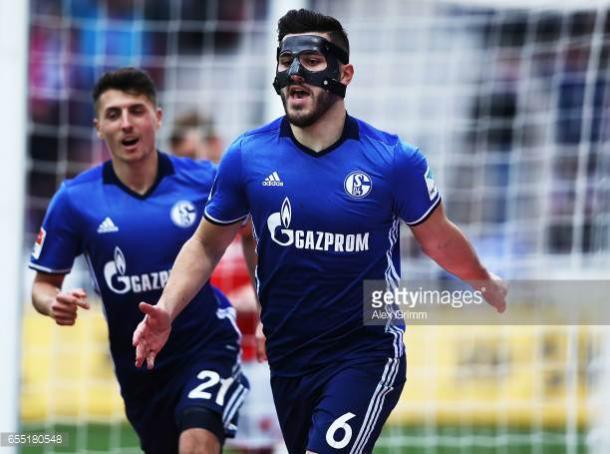 Kolasinac celebrates his goal against Mainz 05 this season | Photo: Getty/ Alex Grimm