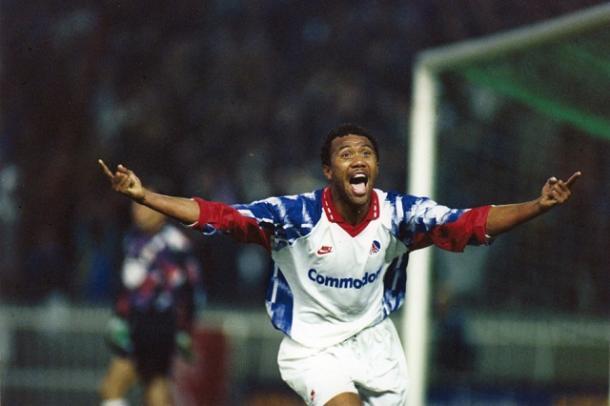 Kombouaré celebra el gol que eliminó al Real Madrid   Foto: Lemeilleurdupsg.com