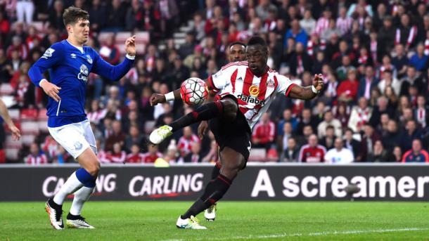 Above: Lamine Kone in action last season during Sunderland's 3-0 win over Everton | Photo: Sky Sports