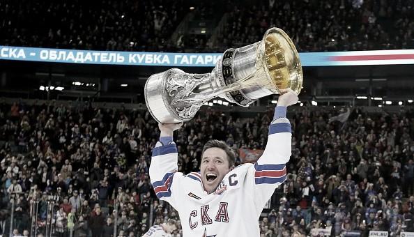 Kovalchuk con el título en su etapa en el SKA | lastwordonhockey