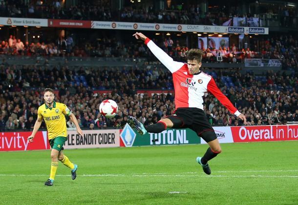 Kramer vuelve para el crucial partido ante el AZ. Fuente: @Feyenoord (vía Twitter)