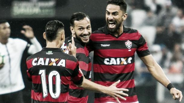 Corinthians ya lo sufrió en carne propia a Tréllez | Foto: Vitoria