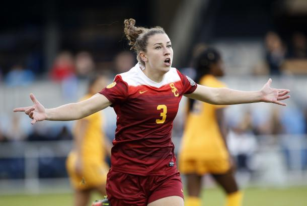 The midfielder had a standout 2016 at USC | Source: Tony Avelar/Associated Press