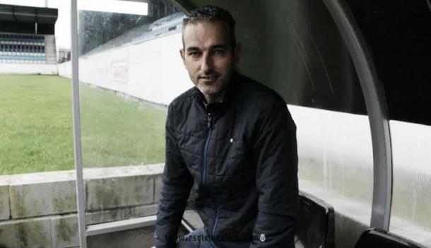 Pablo Lago seguirá en el banquillo blanquiazul (Foto: RSGT107)