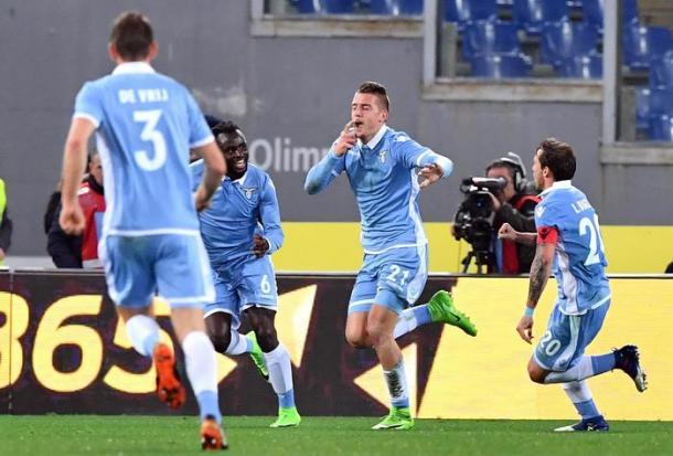 L'esultanza di Milinkovic-Savic nel derby d'andata | Ansa