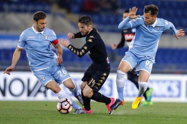 Un'azione di Lazio-Napoli | fonte: ANSA