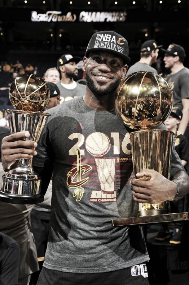 Lebron James tras ganar el anillo en 2016 /Andrew D. Berstein NBA Getty Images