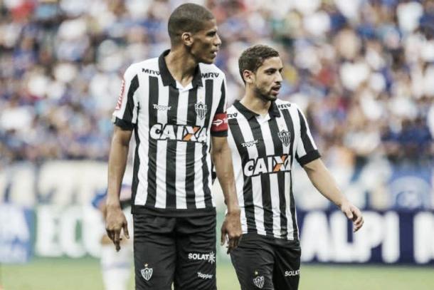 Defesa alvinegra melhorou sob o comando de Thiago Larghi (Foto: Divulgação/Atlético)