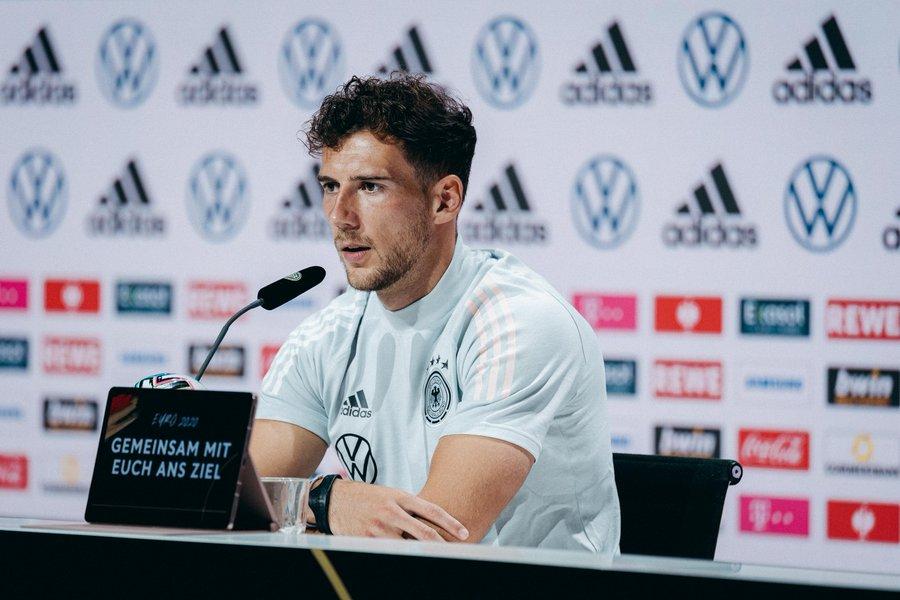 Leon Goretzka en la rueda de prensa / Imagen: Twitter @DFB_Team