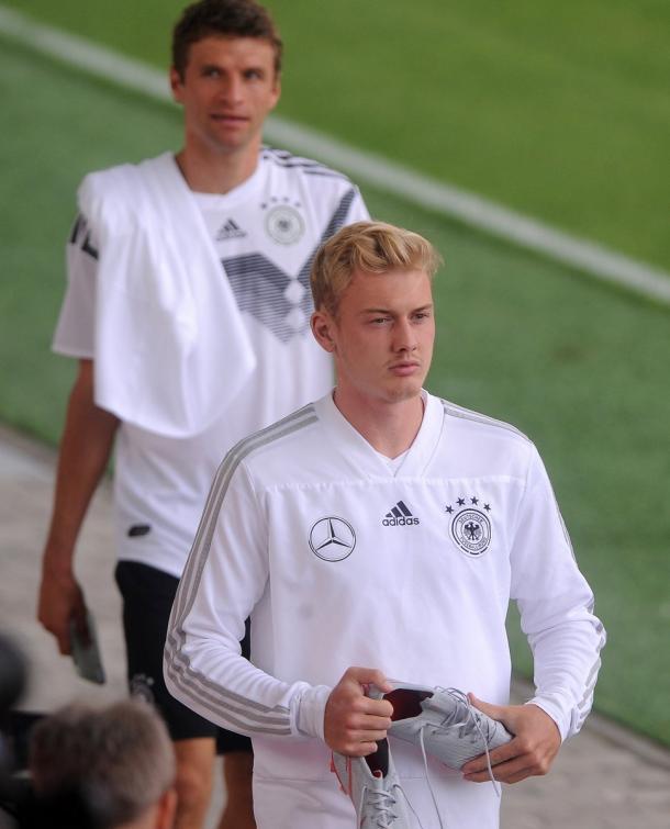 Julian Brandt durante la fecha FIFA con Alemania | Foto: @bayer04_es