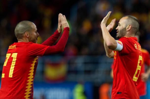 Silva e Iniesta foram os destaques da segunda etapa | Foto: Jorge Guerrero/AFP/Getty Images