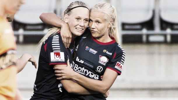 Stina Blackstenius scores a crucial winner for Linköpings. Photo: http://svenskfotboll.se/damallsvenskan