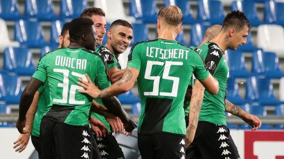 L'esultanza del Sassuolo dopo la rete di Defrel all'Athletic Bilbao. | Google.