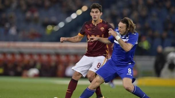 Perotti e Barreto vanno a contrasto nella partita della stagione passata.   Google.