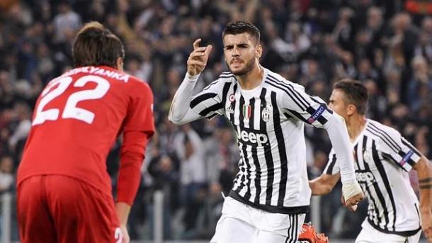 Alvaro Morata esulta per la rete dell'1-0, era Ottobre 2015 e la Juventus battè il Siviglia per 2-0. | Google.