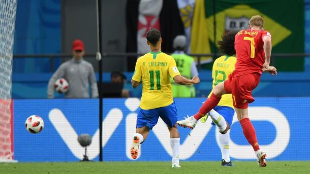 De Bruyne disparó potente y cruzado en el segundo tanto, haciendo imposible pararla | Foto: FIFA